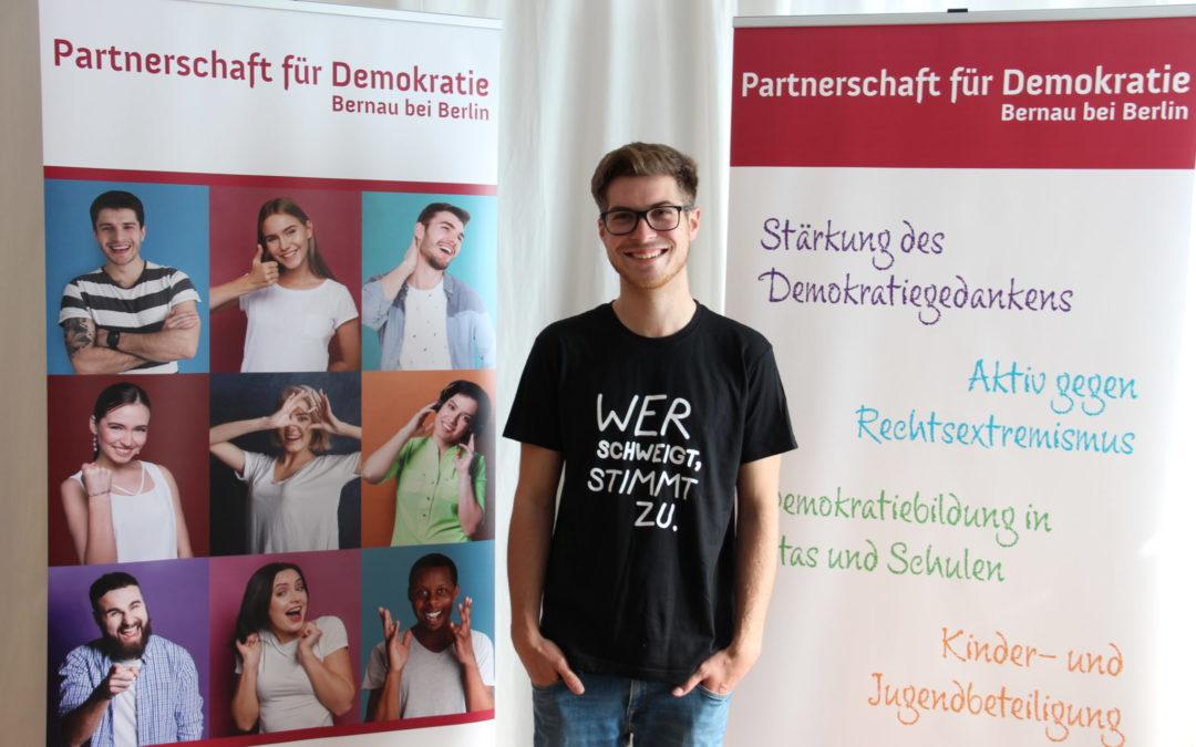 """Pressemitteilung: """"Demokratie leben"""" – Projekt startet in Bernau"""